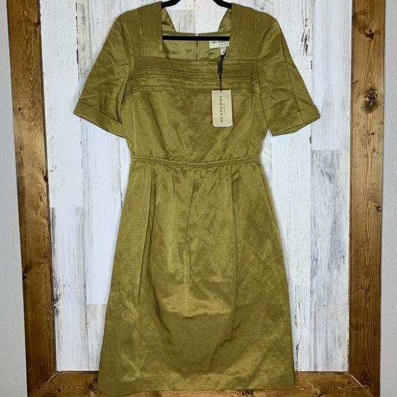 Burberry Dresses & Skirts - BURBERRY London cotton blend 1/2 sleeve dress NWT
